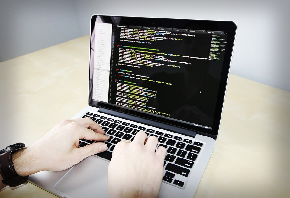 Programming Languages Used By Large Companies - PHP vs. Java